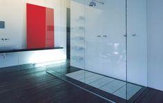 Ludovica+Roberto Palomba, architects and designers, founded Palomba Serafini Associati, interior design and architecture studio in 1994 in Milan. Bathroom Spa, Master Bathroom, Curbless Shower Pan, Design Strategy, Architecture Design, Bathtub, Flooring, Interior Design, Spas