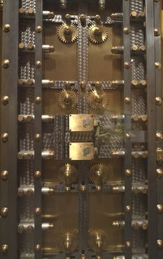 Bank vault door at the National Postal Museum. Cool Doors, Unique Doors, Big Doors, Door Lock System, Antique Safe, Safe Door, Safe Vault, Vault Doors, Banks Vault