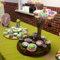 Cupcakes and fairy tree!