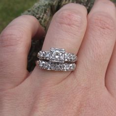 Vintage Wedding Rings Set 054 Carats Vintage wedding ring
