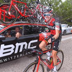 Rohan Dennis cooling off on a hot day at Vuelta 2017 #cycling #bike #ride #exercise #explore