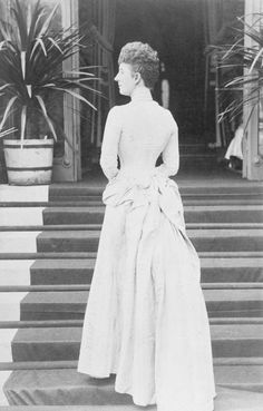 Portrait photograph of the Princess of Wales (1844-1925), later Queen Alexandra, 1880s | Royal Collection Trust