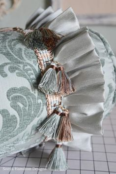 How to Make a Ruffled Bolster Pillow : Bolster Pillow Tutorial with tassels and ruffles Diy Pillows, Decorative Pillows, Cushions, Throw Pillows, Bolster Pillow, Pillow Fabric, Cushion Covers, Pillow Covers, Sitting Pillows