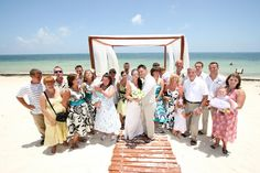 Real Weddings: Destination wedding on the beach in Mexico Beach Wedding Guest Attire, Beach Wedding Guests, Our Wedding, Destination Wedding, Older Couple Wedding, Wedding Couples, Wedding Photos, Intimate Weddings, Real Weddings
