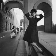 Brian Duffy - For VOGUE. Florence 1964. S)