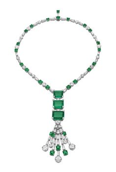 Bulgari, white gold necklace with three emeralds, 12 brilliant-cut diamonds and trapezoid diamonds.