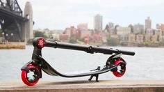 Behold the hubless wonder – the E'lution EVO scooter