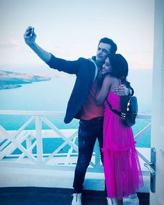 Naira n kartik in greece Tv Couples, Couples In Love, Romantic Couples, Best Couple Pictures, Kartik And Naira, Kaira Yrkkh, Mohsin Khan, Cutest Couple Ever, Best Love Stories