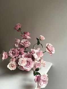 The Lane - Floral Inspiration - Roses En Masse Modern Wedding Flowers, Wedding Flower Inspiration, Rose Wedding, Floral Wedding, Wedding Colors, Wedding Gowns, Rose Arrangements, Flower Arrangement, Flower Installation