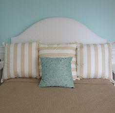 Making this DIY headboard!  Cheap, easy, do-able.