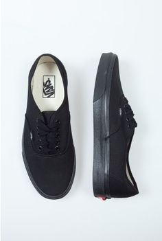 ed42dfc57d9 black vans. Size 8.5 women s which is 7.0 men s Got a hole in my black