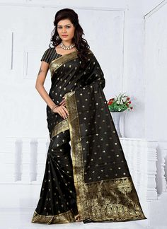 Buy online latest saree, finest collection of designer saree. Buy this cotton   casual saree for festival and party.