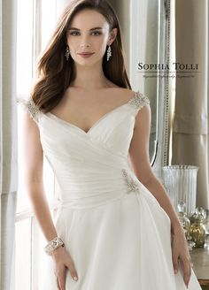 Wedding Dress Photos - Find the perfect wedding dress pictures and wedding gown photos at WeddingWire. Browse through thousands of photos of wedding dresses. Off Shoulder Wedding Dress, Wedding Dress With Pockets, Long Sleeve Wedding, Bridal Musings, Gown Photos, Wedding Dress Pictures, Gorgeous Wedding Dress, Dream Wedding, A Line Gown