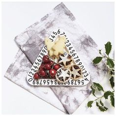 Who is still eating Christmas treats?  The design letter snack plates are perfect for little ones snacks my little guy is a grazer so loves to snack this way! Shop these snack plates as part of our 30% Off storewide sale. Use code: STYLISHKIDS : @littleriverlove