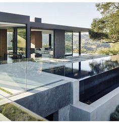 Oak Pass House in LA by Walker Workshop
