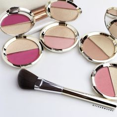 The inside! Part of the champagne pop collection from Becca Cosmetics and Jaclyn Hill! The Champagne Spilts- They are duo's that include a shimmering skin perfector and a mineral blush. Left to right. Champagne Pop, Becca Cosmetics, Makeup Cosmetics, Skin Makeup, Beauty Makeup, Beauty Tips, Beauty Essentials, Becca Jaclyn Hill, Beauty Products