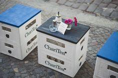 Getränkekisten als Beistelltisch // Crates as side table