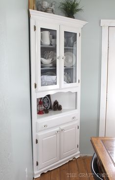 corner hutch furniture makeover - Dining Room Corner Hutch