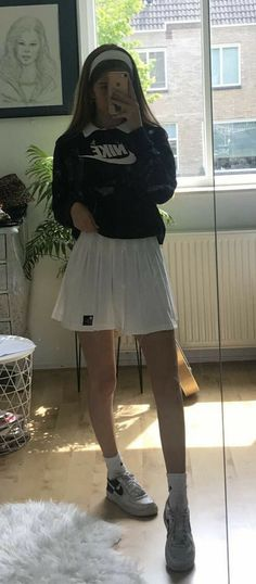 Adrette Outfits, Indie Outfits, Teen Fashion Outfits, Retro Outfits, Cute Casual Outfits, Look Fashion, Stylish Outfits, Vintage Outfits, School Skirt Outfits