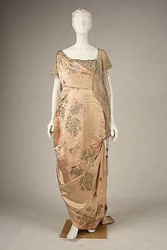 Evening dress by House of Worth from 1914, The Metropolitan Museum Mobile