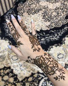 Pretty Henna Designs, Beautiful Mehndi Design, Best Mehndi Designs, Henna Tattoo Designs, Khafif Mehndi Design, Mehndi Design Photos, Henna Mehndi, Arabic Mehndi, Mehendi