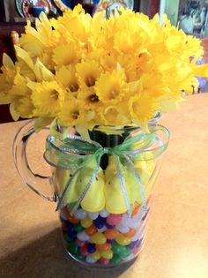 I done this today using my old tea pitcher because I didn't have a clear vase...I'm ready for Spring now! :)