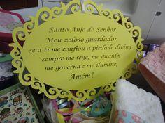 Oração do Santo Anjo para o chá do Lorenzo, a mãe usou como enfeite de porta de maternidade também.