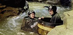 Martin looks so happy, bless <3 {Martin Freeman/Bilbo Baggins - The Hobbit: DOS BTS (gifset)}