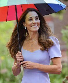 Kate Middleton Outfits, Middleton Family, Kate Middleton Style, Duchess Kate, Duke And Duchess, Duchess Of Cambridge, Awesome Kate, Diana Williams, Queen Kate