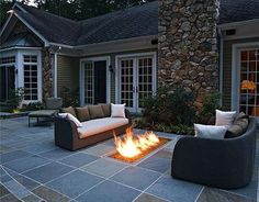 Image from http://www.lightboxhome.com/wp-content/uploads/2015/03/concrete-patio-designs-layouts.jpg.