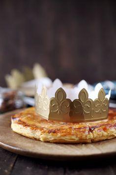 Les fêtes sont à peine terminées qu'il faut déjà penser à la galette des rois puisque l'épiphanie c'est dimanche. On m'avait demandé de proposer une recett
