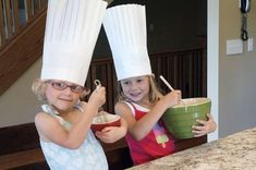 Little chefs in big hats.