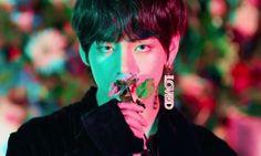 Kim Taehyung singularity mv BTS love yourself tear Seokjin, Namjoon, Hoseok, Jimin, Bts Bangtan Boy, Bts Mv, Bangtan Bomb, Bts Boys, Mingyu