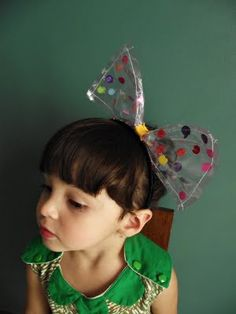Plastic Bow Headband Tutorial by Llevo el invierno   I remember these!! I use to make them for my daughter 20 yrs ago-- we would add water and glitter or other things that would float and then seal the ends.