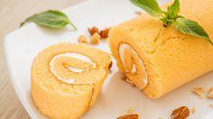Envie d'un dessert frais et fruité pour le réveillon de Noel ? Voici une recette de bûche panna cotta à l'orange.