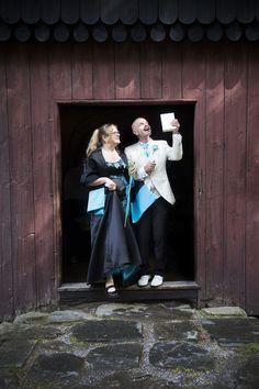Tuula ja Heikki vihittiin Tampereella. Weddings, Couple Photos, Couples, Painting, Art, Couple Shots, Couple Pics, Wedding, Painting Art