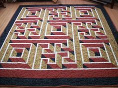 Walking Labyrinth Quilt - an amazing quilt. #quilt #quilts ... : labrynth quilt - Adamdwight.com