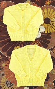 PDF Prompt Digital Obtain 2 child simple knit spherical & V neck cardigan knitting sample 18 to 22 inch Baby Cardigan Knitting Pattern Free, Baby Boy Knitting Patterns, Knitted Baby Cardigan, Knit Baby Sweaters, Knitted Baby Clothes, Baby Patterns, Cardigan Sweaters, Easy Knitting, 2 Baby