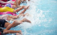 Zoete slowcooker recepten - Moeders.nu Swimming Lessons For Kids, Children Swimming Pool, Swimming Pool Photos, Swimming Classes, Swim Lessons, Swimming Pools, Have A Great Monday, Pregnant And Breastfeeding, Pool Service