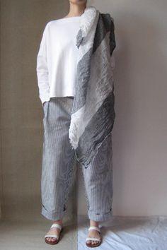 #Daniela Gregis grey dress #2dayslook #greyfashion www.2dayslook.com