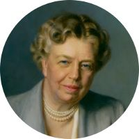 My favorite First Lady! Eleanor Roosevelt was the First Lady to hold a press conference in the White House to women reporters only. First Lady - Eleanor Roosevelt Roosevelt Family, Eleanor Roosevelt Quotes, Theodore Roosevelt, 32 President, American Presidents, Presidents Wives, American History, Civil Rights, First Ladies