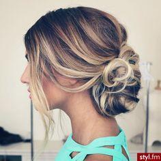 Prześliczne, dziewczęce fryzurki dla długich włosów - TOP 18-stka!