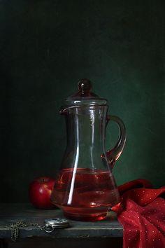 #Still #Life #Photography С кувшином и красным яблоком© _Angora_