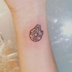 star wars tattoo small \ star wars tattoo star wars tattoo small star wars tattoo sleeve star wars tattoo minimalist star wars tattoo for men star wars tattoo girly star wars tattoo ideas star wars tattoo traditional Mini Tattoos, Little Tattoos, Star Tattoos, Body Art Tattoos, Sleeve Tattoos, Small Cool Tattoos, Small Disney Tattoos, Disney Inspired Tattoos, Tattoo Small