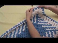 Tapete em fio conduzido em diagonal -passo a passo - Pink Artes Croche b...
