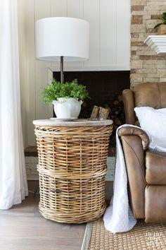 Diy End Tables, Diy Table, Unique End Tables, White Side Tables, Diy Furniture Table, Home Furniture, Primitive Furniture, Furniture Refinishing, Distressed Furniture