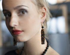 Ohrhänger Onyx Roter Tigerauge Sterling Silber 18 Karat vergoldet Jewelry Design, Drop Earrings, Fashion, Eyes, Silver, Red, Moda, Fashion Styles, Drop Earring