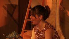 HUT is een diep in het bos avontuur voor iedereen vanaf 3 jaar    Kleine Zus neemt je mee naar grote broer. Grote Broer kan alles. Wonen in een hut.  Praten met konijnen. Vogels doen fluiten.   Kleine Zus is er graag. Samen appels rapen.  Wortels schrapen en in één pyjama slapen.   Meer info en speeldata op http://www.4hoog.be/nl/production/57/hut  CREDITS  Concept en regie: Nikolas Lestaeghe en Frans Van der Aa Spel: Nikolas Lestaeghe en Ilse De Koe Decor: ...