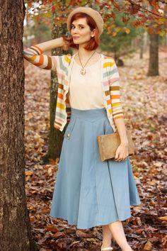 Classic Simplicity A-Line Midi Skirt in Blue - Retro, Indie and Unique Fashion Unique Fashion, Vintage Inspired Fashion, Modest Fashion, Retro Fashion, Fashion Outfits, Fashion Ideas, Modern Vintage Fashion, Fashion 2018, Work Fashion