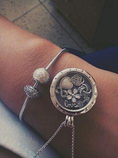 Floating locket and bracelet Pandora ESSENCE •white•